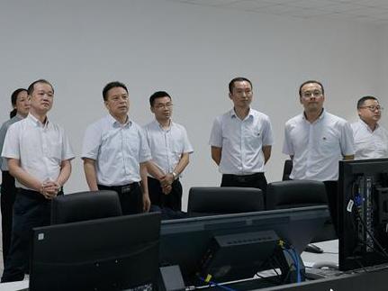 湖北枣潜高速公路襄阳南段正式开通运营